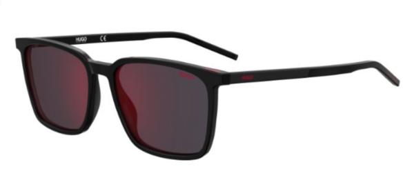 Moška sončna očala znamke Hugo. Moderna kvadratna oblika. Več na optika Zajec